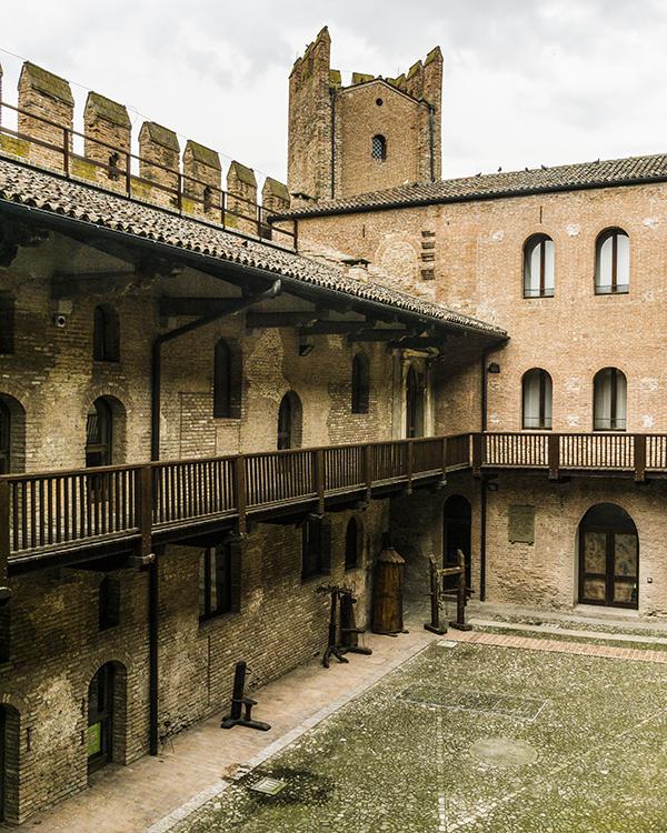 Castello San Zeno