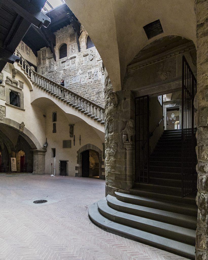 castello di poppi durante assemblea instagramers italia igersitalia arezzo casentino