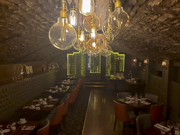 bear hotel galles ristorante