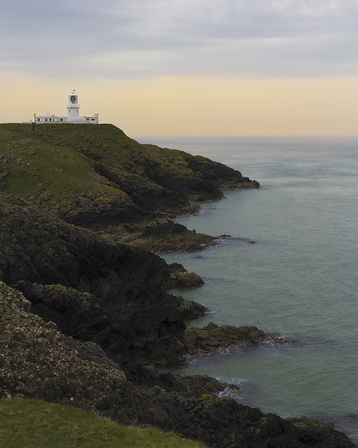 Strumble head lighthouse al tramonto, galles