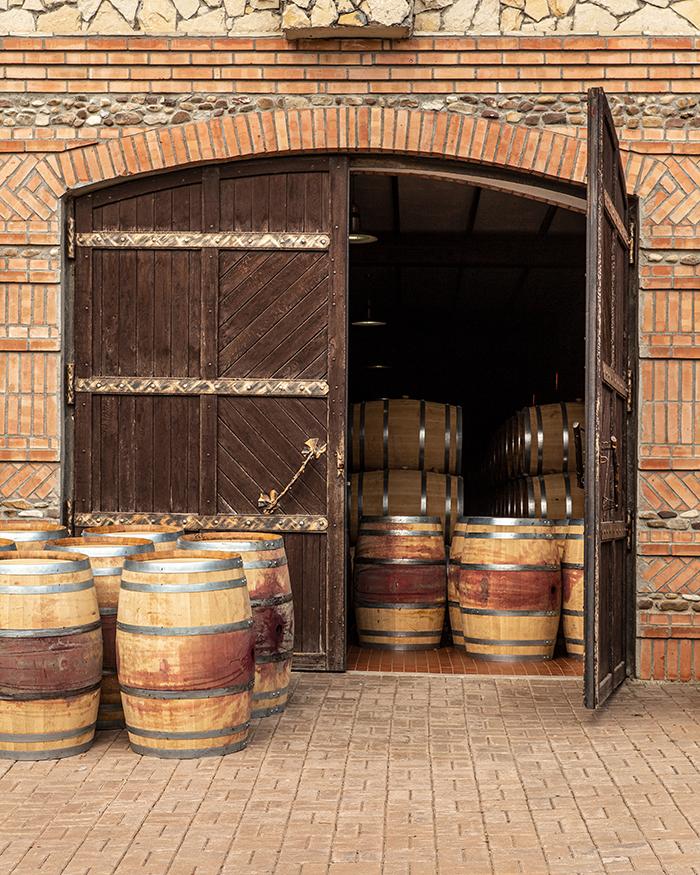 moldavia vino Chateau Vartely botti