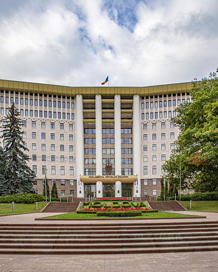 chisinau moldavia architettura parlamento