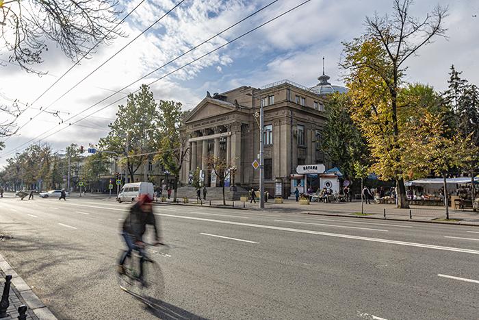 chisinau moldavia architettura teatro nazionale