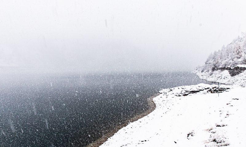 nevicata al passo fedaia